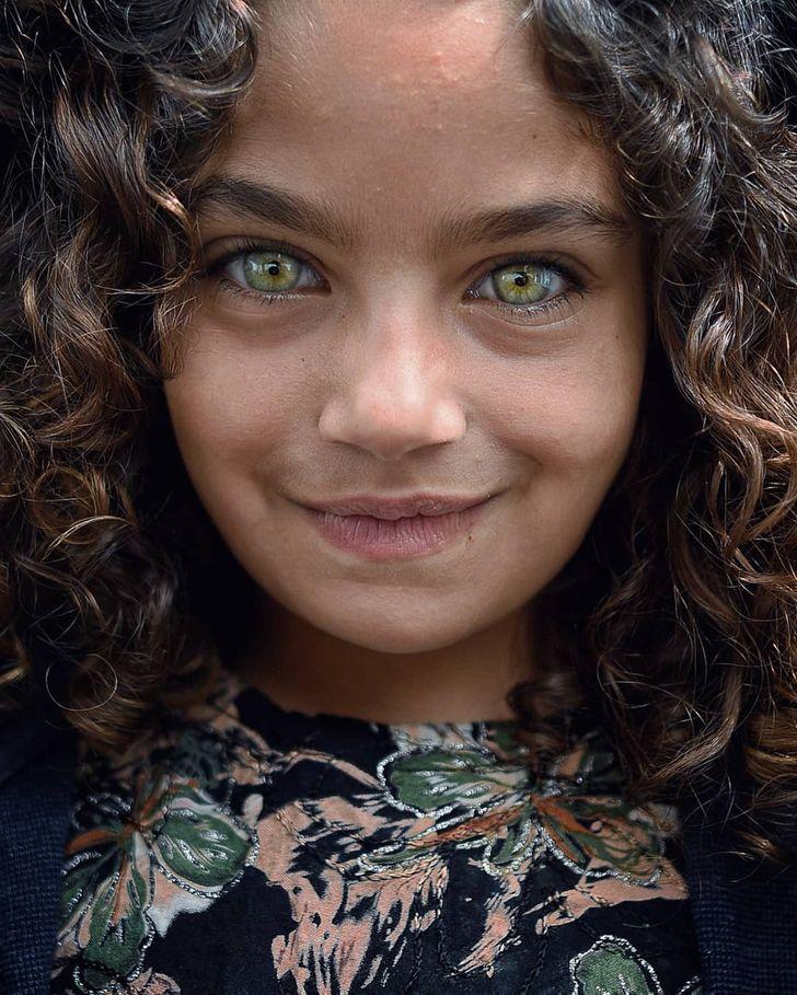 Türk Fotoğrafçı Mücevher Gibi Parlayan Çocuk Gözlerinin Güzelliğini Yakaladı