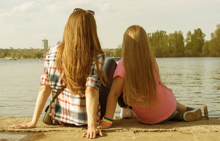 7 Honest Things Every Teen Daughter Needs to Hear From Her Mom