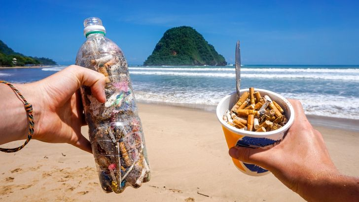 New #FillTheBottle Challenge Storms the Internet and Cleans Our Streets From Cigarette Butts