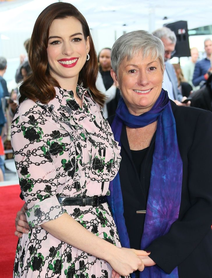 25+ Times Celebrities Took Their Moms on the Red Carpet and Showed Them Off to the World