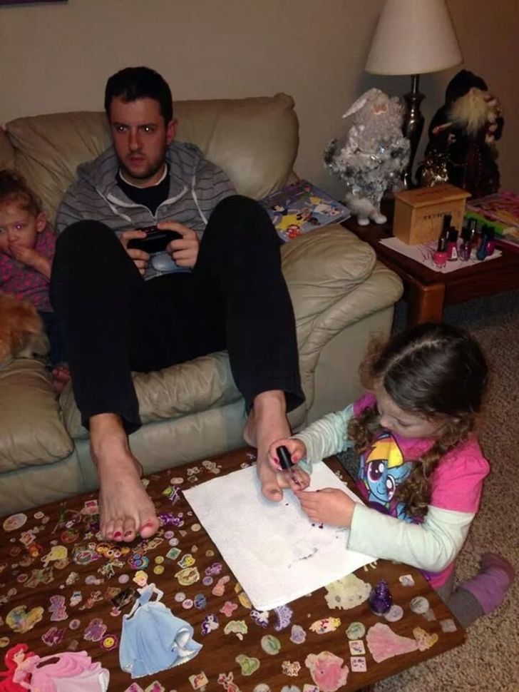 24 Dads Doing the Most Important Job in the World (Alert: They Will Melt Your Heart With Cuteness)