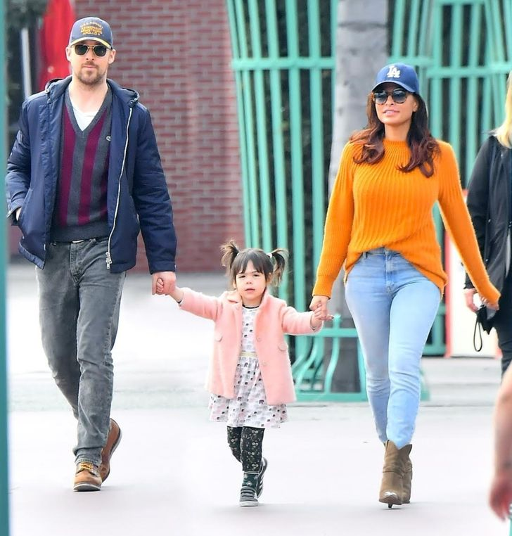 Ryan Gosling and Eva Mendes Don't Share Pictures of Their Kids on Social Media, and All Other Parents Should Know Why