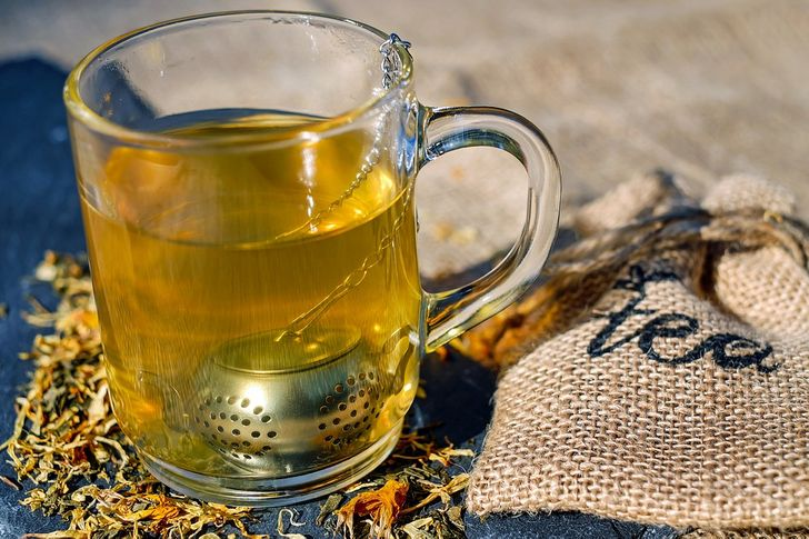 8Metabolism-Boosting Drinks toTone UpYour Body