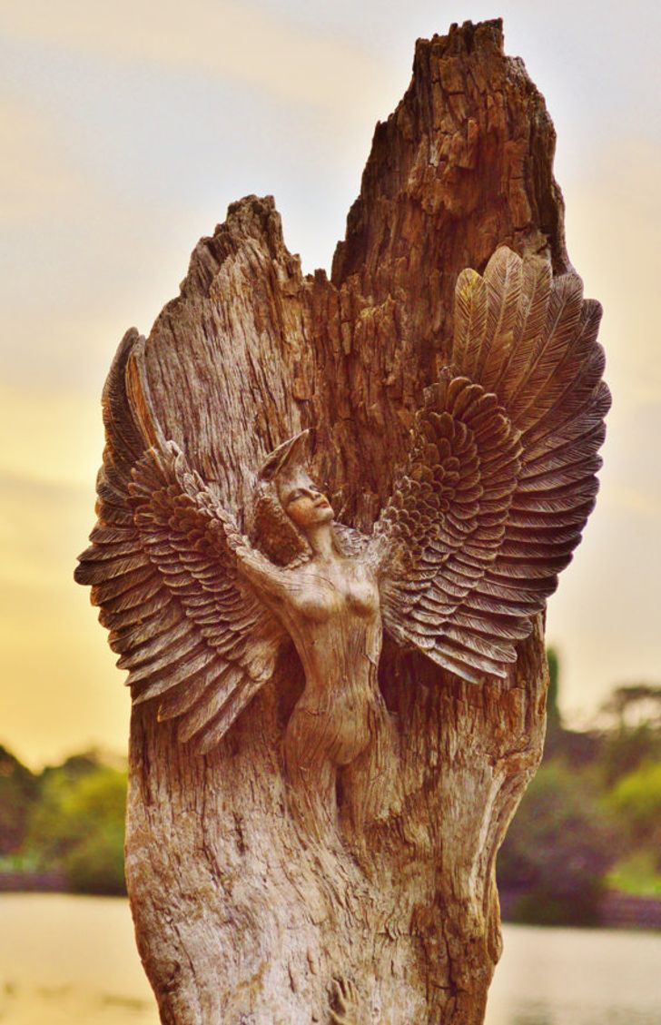 ACanadian Artist Makes Driftwood Sculptures That Are SoMesmerizing, WeCould Look atThem All Day