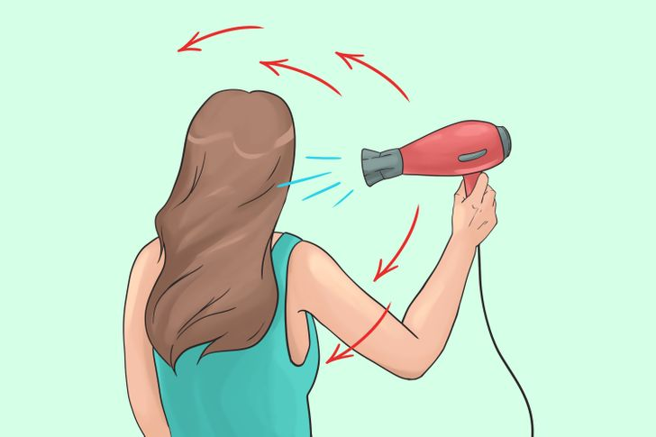 15 Mistakes Most of Us Make When Using a Blow-Dryer (It's a Bad Idea to Dry Hair From the Bottom Up)