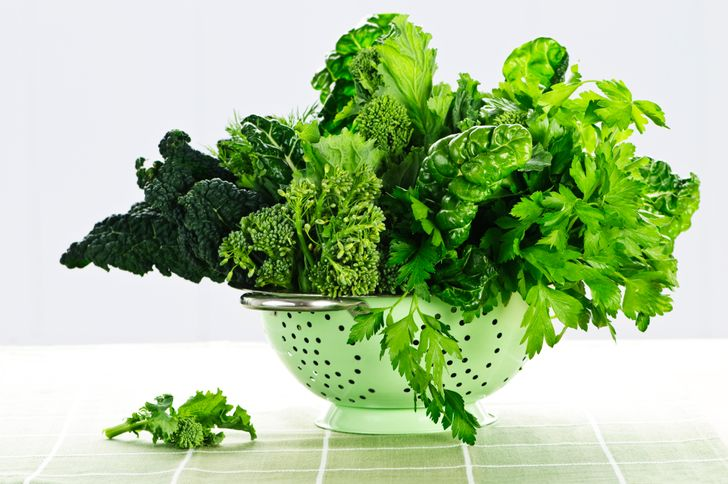 10Everyday Healthy Foods That Will Naturally Detox and Cleanse Your Body
