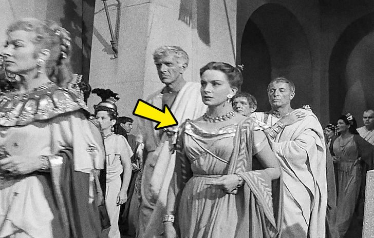 9 Times When Costume Designers Royally Messed Up in Famous Movies Without Anyone Noticing