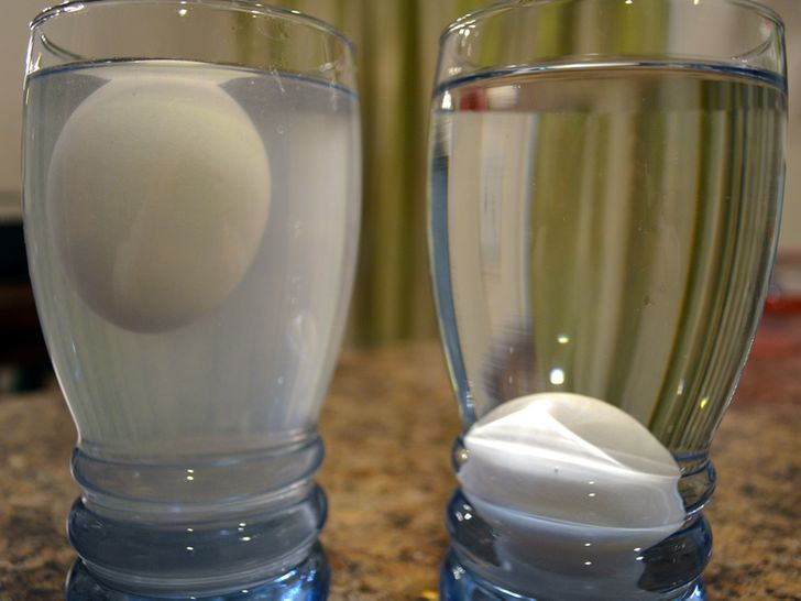 11 Awesome Science Experiments You Need to Show Your Kids
