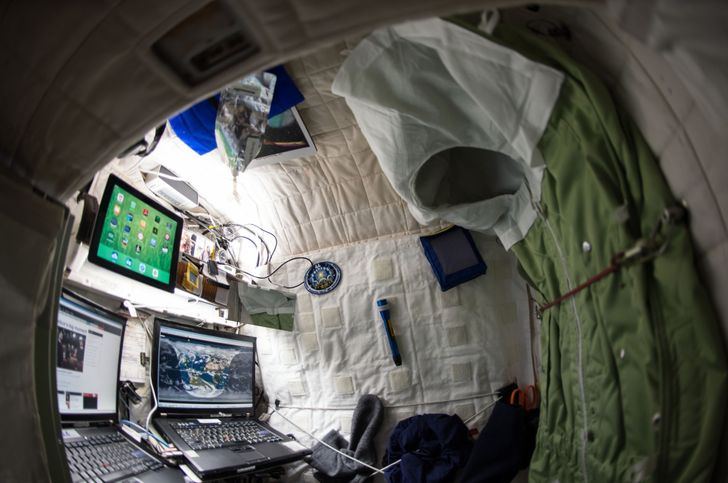 7 Rules From NASA Astronauts That Can Help You Get Enough Sleep