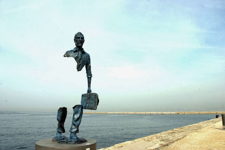 15ofthe most unusual sculptures from around the world