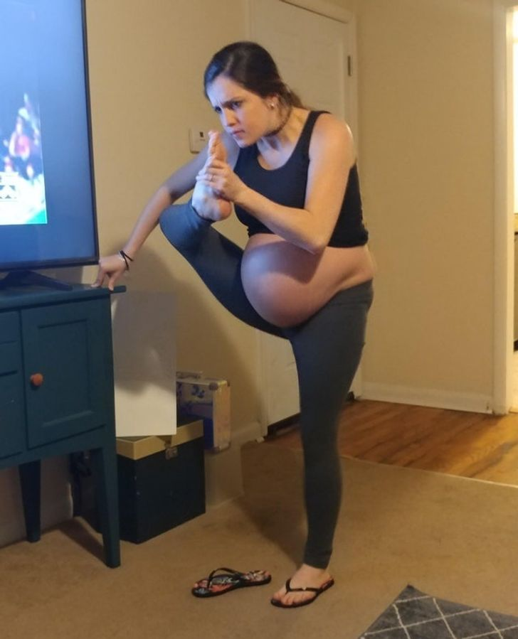 18Young Ladies Who Have aLot ofQuestions for the Universe