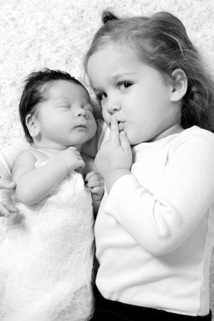 20 عکس شگفت انگیز که لذت داشتن خواهر و برادر را نشان می دهد