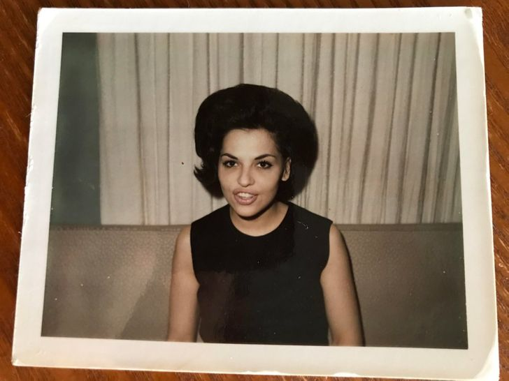 20+ Old Photos of Grandmas Whose Youth and Beauty Take Our Breath Away