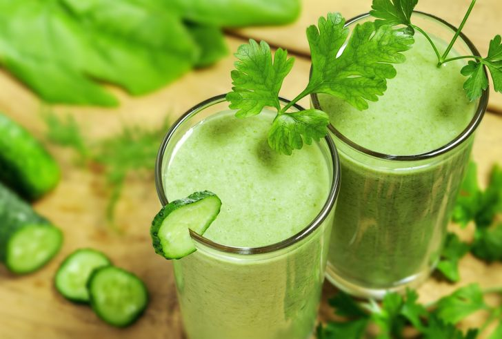 10Bedtime Drinks That Can Help You Burn Belly Fat
