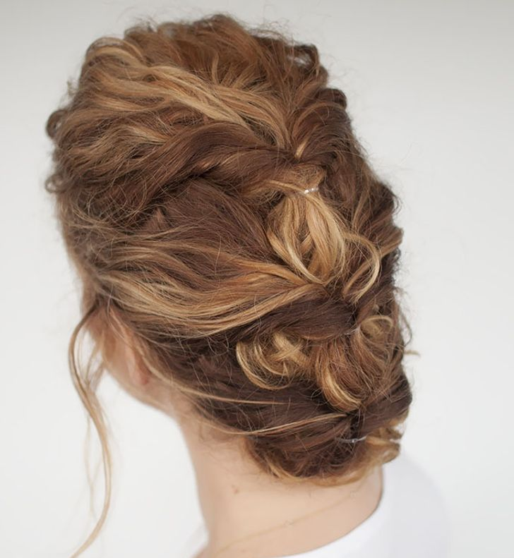 13 Quick Hairdos You Can Do When You Re In A Hurry
