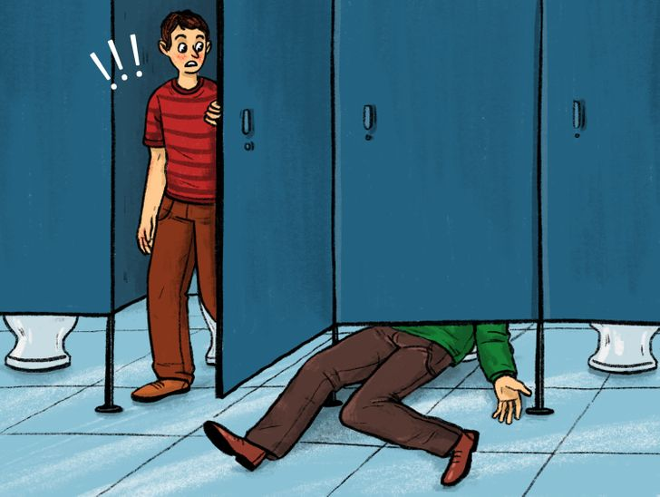 9 Reasons Why the Doors in Public Toilets Don't Reach the Floor