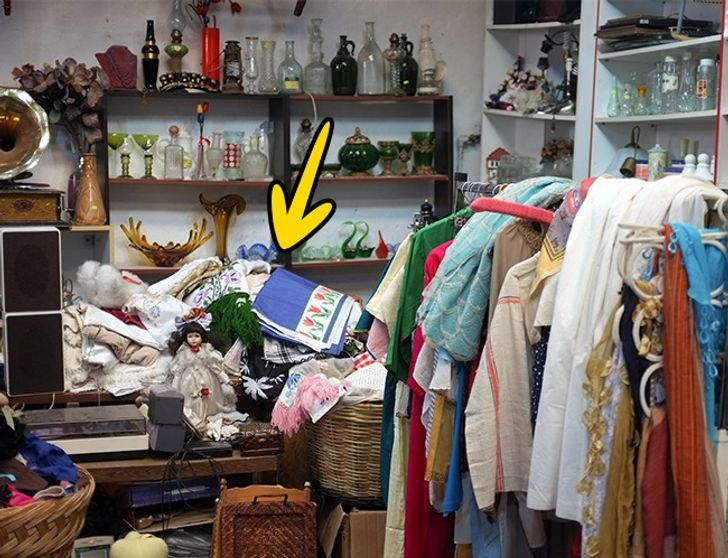10Things Clothes Shop Assistants Will Never Tell You About