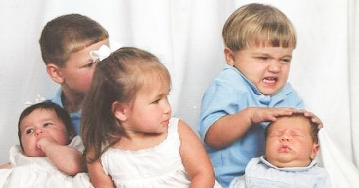 Study Suggests the Youngest Sibling Is the Funniest