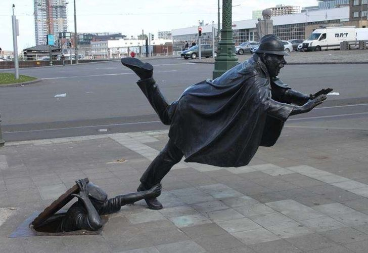 20+Incredible Sculptures That Defy the Law ofGravity