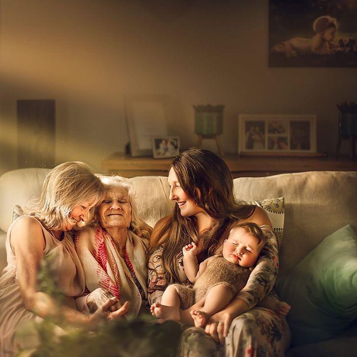 Shikoni se si ky fotograf vërteton se nuk ka vend më komod sesa prehri i gjyshes