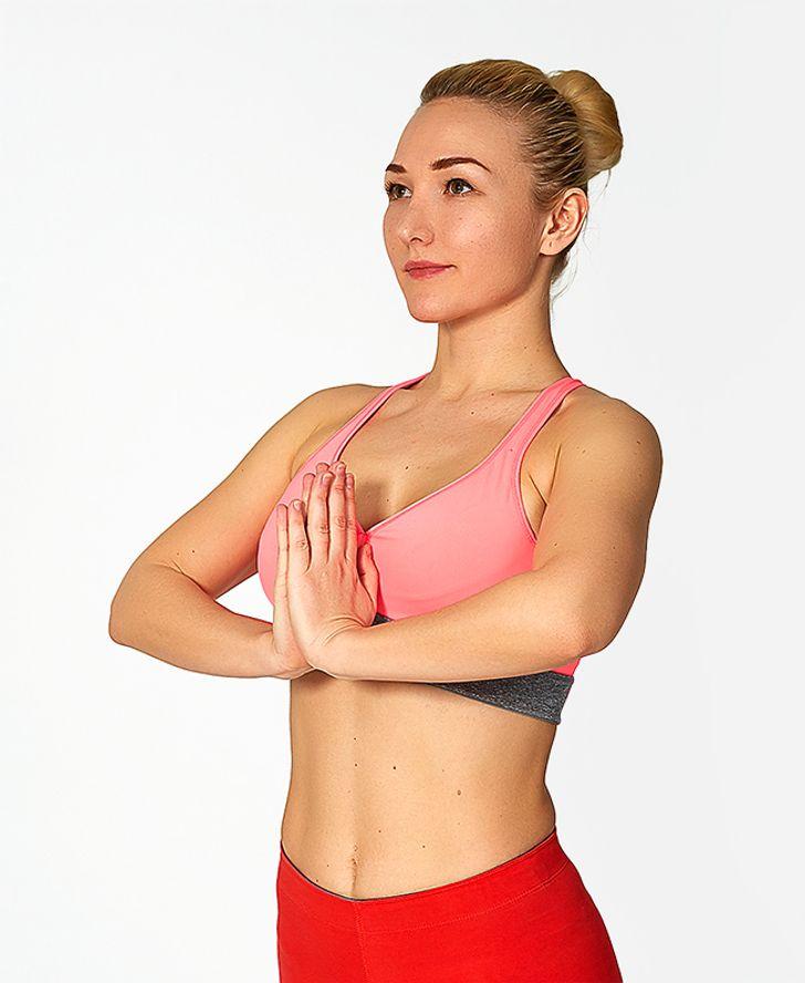 7 найпростіших вправ для красивого та привабливого бюста