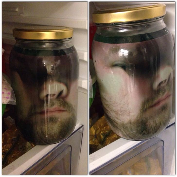 20Photos That Can Make Anyone Scared ofBeing atHome Alone