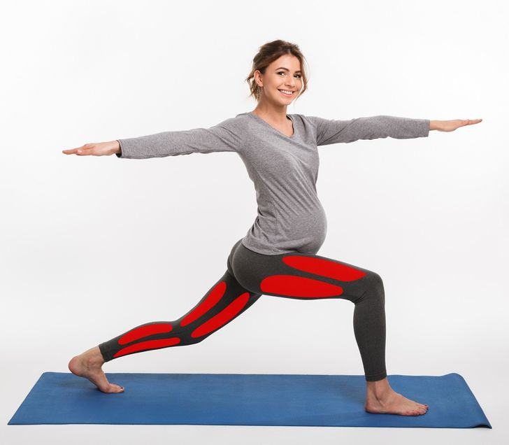 7 Yoga Poses to Kill Pain During Your Pregnancy (and 4 Poses to Avoid)