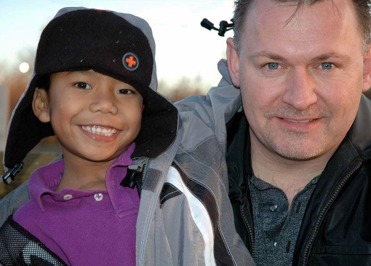 Jeden homosexuálny otec si adoptoval choré dieťa a vychoval olympijského víťaza