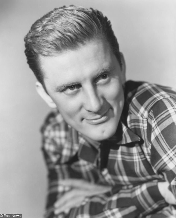 7 Reasons Why Kirk Douglas Was One of the Most Admired People in Hollywood