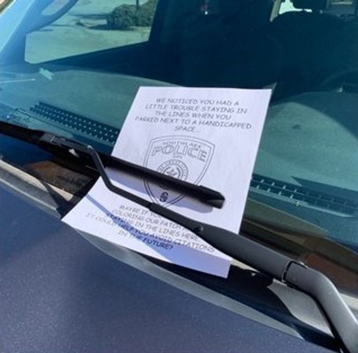 The Police Leave an Adorable Note for a Sloppy Driver, and People Can't Stop Sharing It Because It's Perfect