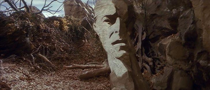 Más de 20 detalles insignificantes de películas que tienen un significado oculto