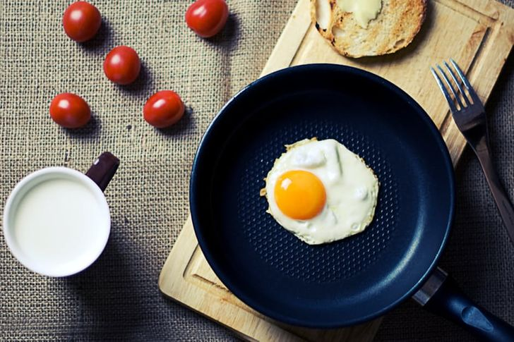 5Everyday Habits That Are Causing You toGain Weight