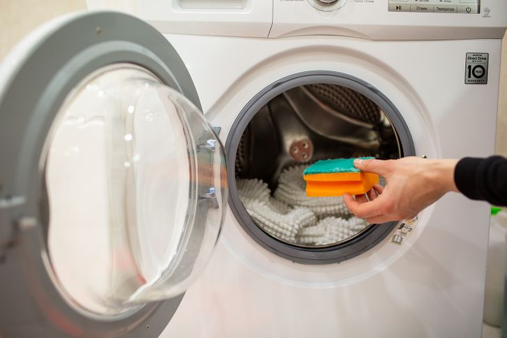 12 Time-Saving Life Hacks That Can Help You Forget About Laundry Troubles