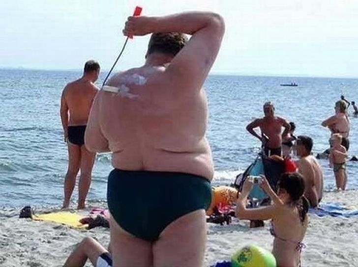 18Crazy Photos That Prove Every Beach IsFull ofSurprises