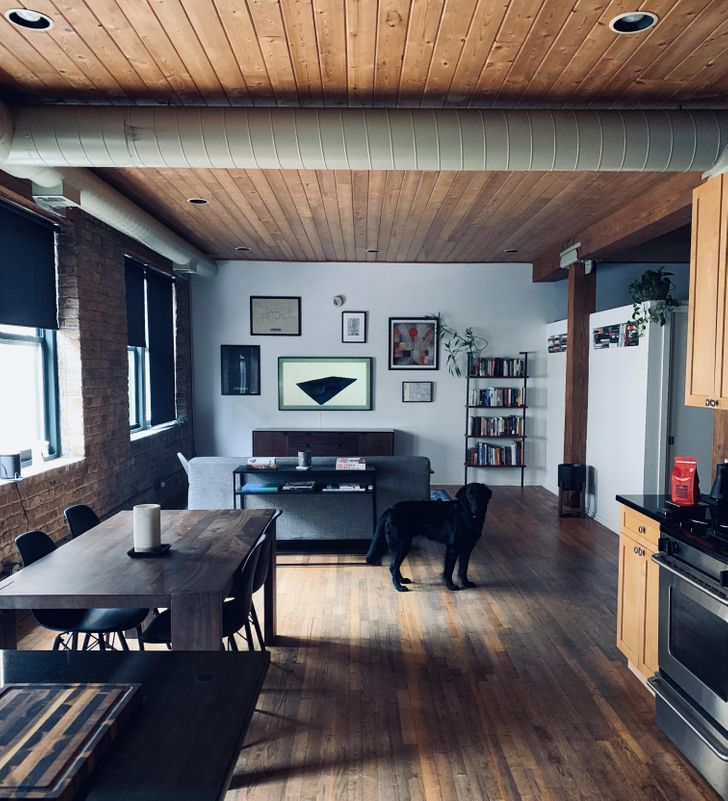 20+ Guys Who Prove That Man Caves Can Be Really Cozy