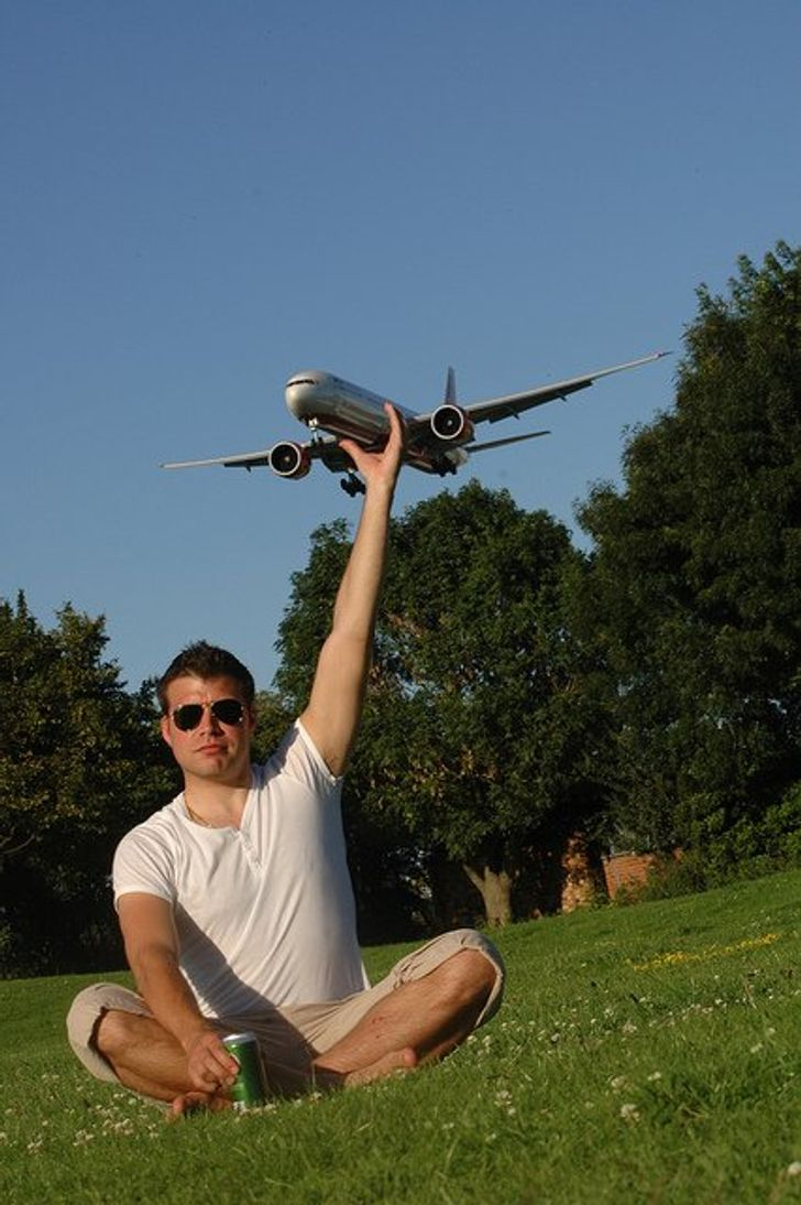 What Happens When People Take aCreative Approach toTheir Vacation Photos