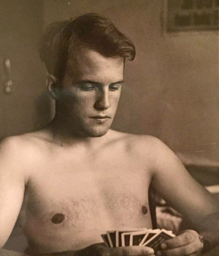 25 Mesmerizing Photos That Show the Charm of Men From the Previous Century Better Than Words