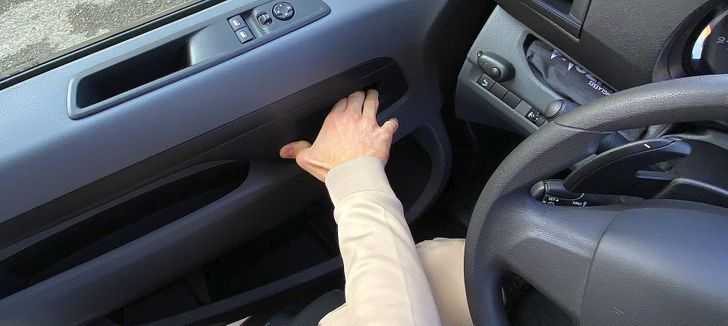 20 Car Hacks That Can Help You Steer Clear of Any Trouble