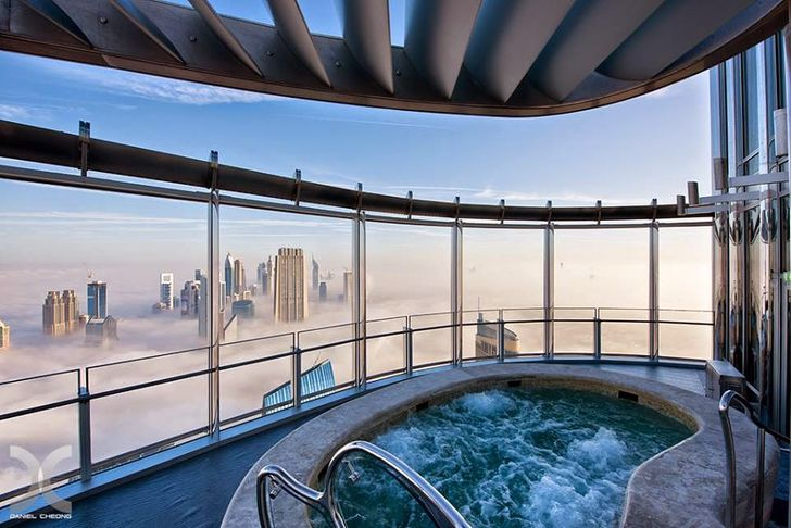 26 Pictures of Obscene Luxury From Dubai