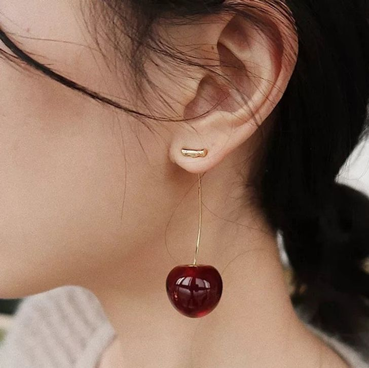 20 Wildly Creative Jewelry Pieces That Are Wearable Works of Art