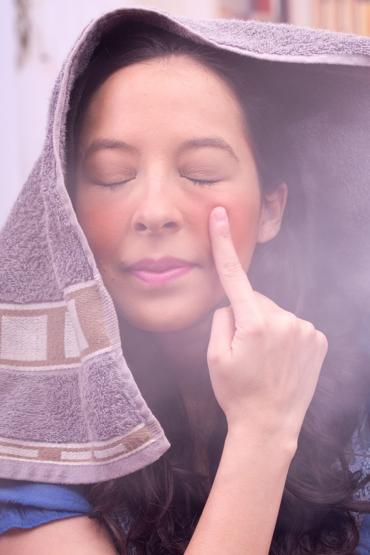 7 Things That Can Happen to Your Face When You Steam It Once a Week
