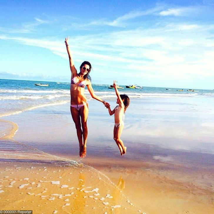 Veda hovorí, že všetko na pláži je pre vás dobré: voda, vánok, piesok, zvuky a dokonca aj farby