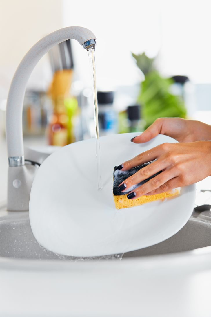 The11 Most Dangerous Things inYour Kitchen You Didn't Know About