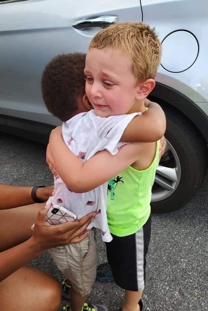15 Photos Proving Kindness Is the Ultimate Superpower