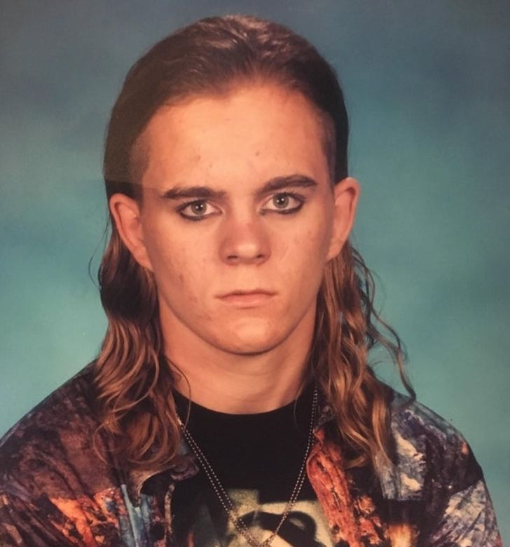 20 People Whose Photos From Their Youth Are Hard to Look at and Impossible to Forget