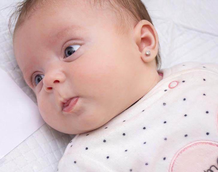 Prečo piercing do uší vášho dieťaťa nemusí byť dobrý nápad