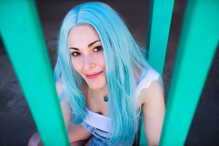 Zgjidhni një ngjyrë të flokëve që dëshironi fshehurazi dhe zbuloni se çfarë thotë për ju