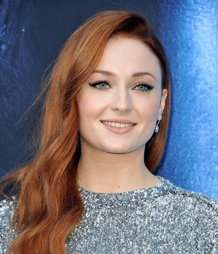 9-female-hollywood-celebrities-real-names-that-you-might-not-know