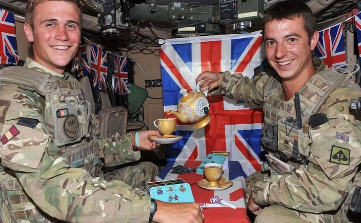 20Times the Army Had Nothing onSoldiers' Sense ofHumor