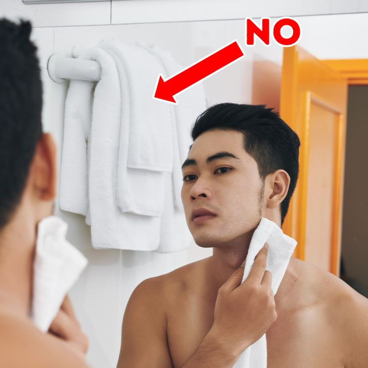 10 Bathroom Habits That Could Be Wrecking Your Health